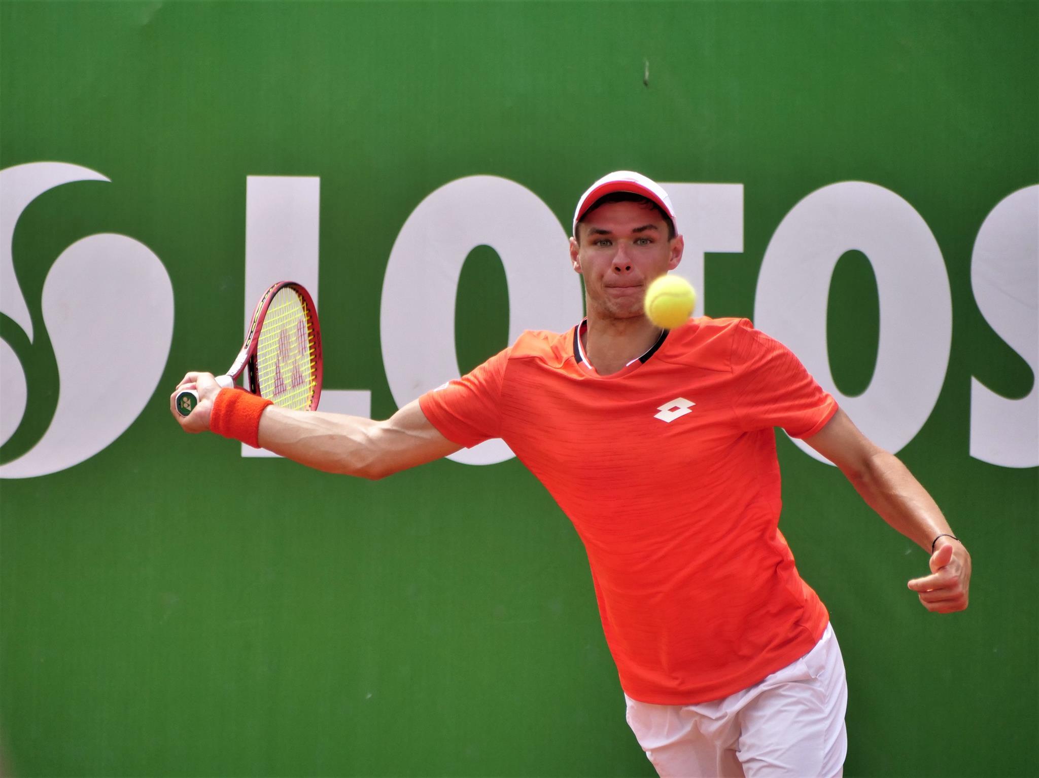 Triumf Kamila i powrót do Top 100 rankingu ATP